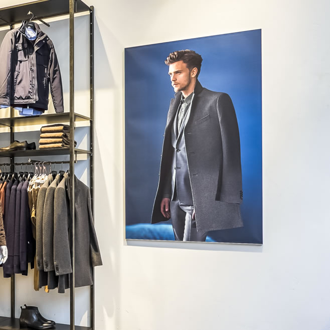 Wall Retail Displays