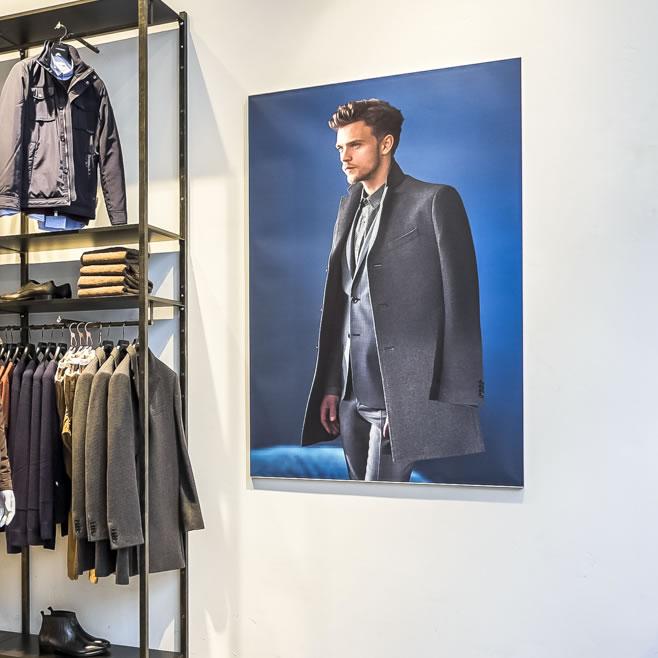 Wall Retail Displays
