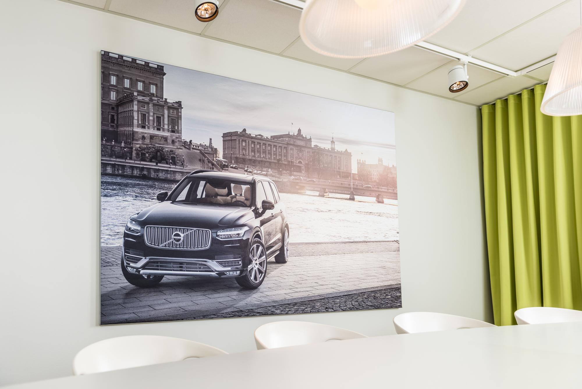 FineLine™ Fabric Retail Wall Displays