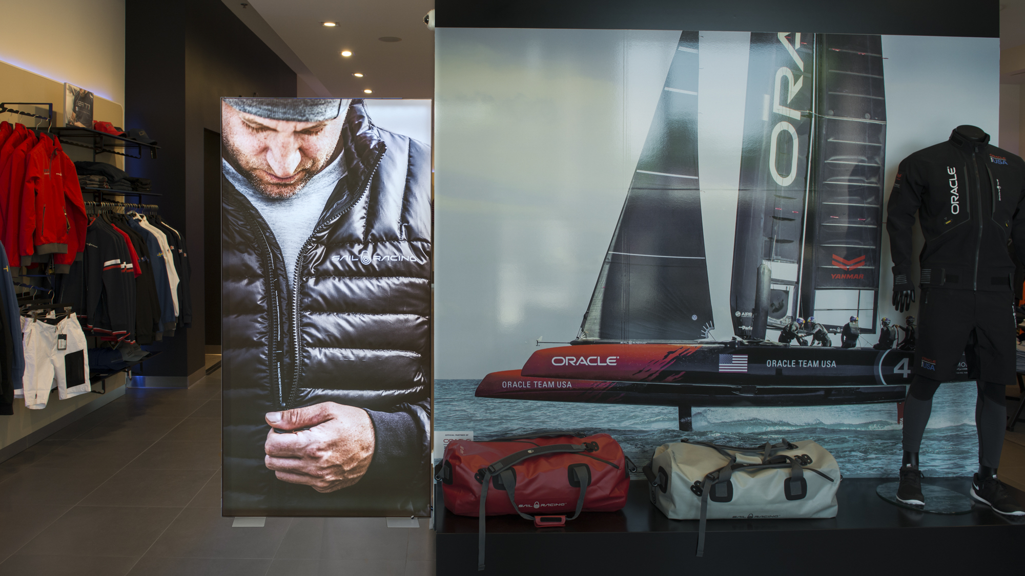 FineLine™ Fabric Retail Floor Displays